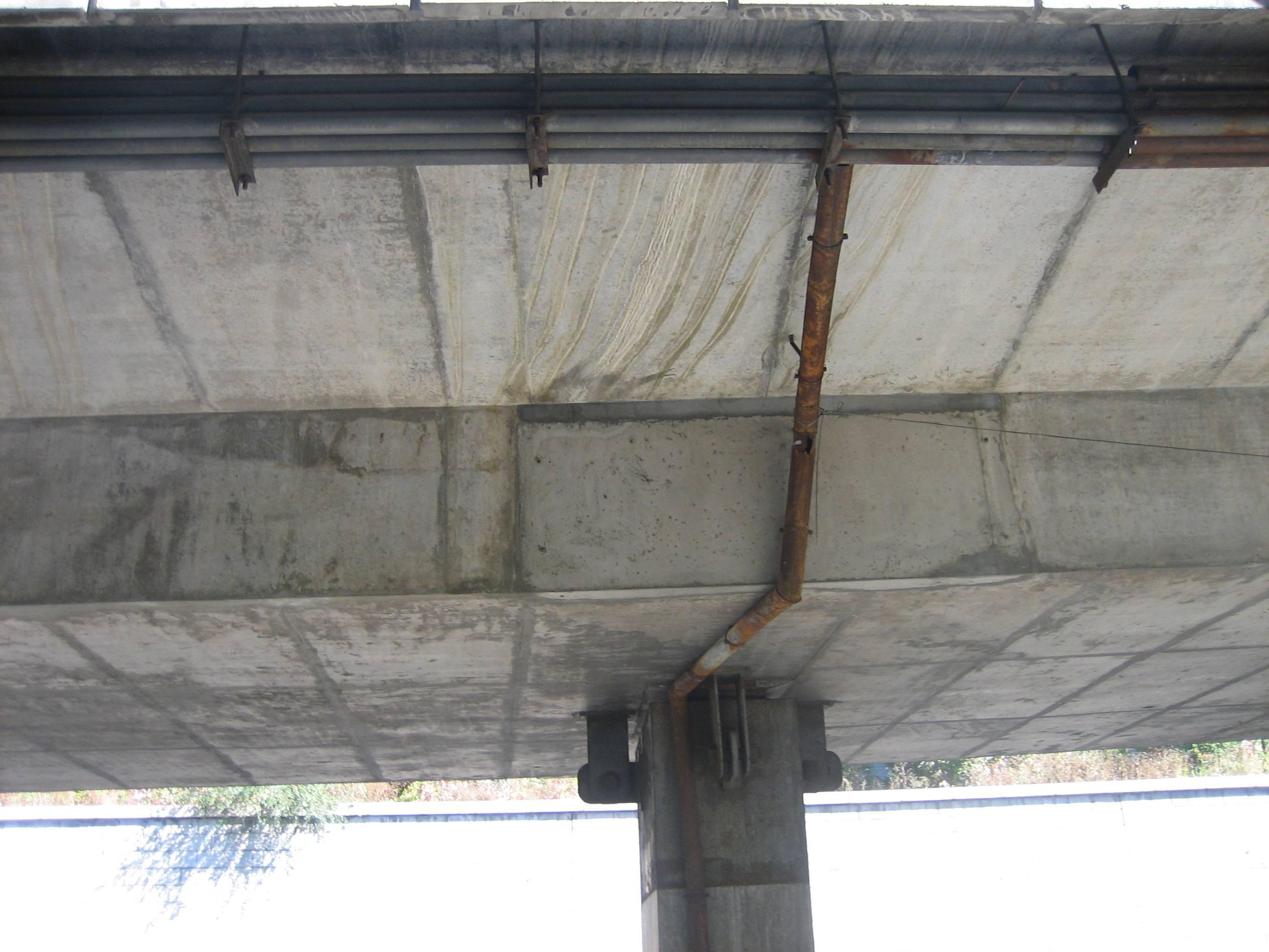 混凝土桥梁工程施工中出现裂缝的原因