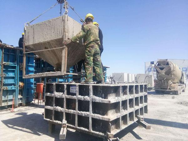 装配预制空心板实心平衡支撑的水泥施工材料