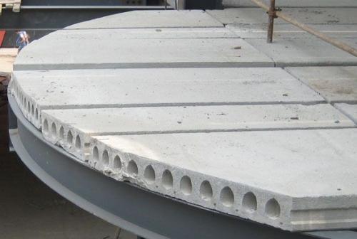 预制空心板是常见的建筑材料之一